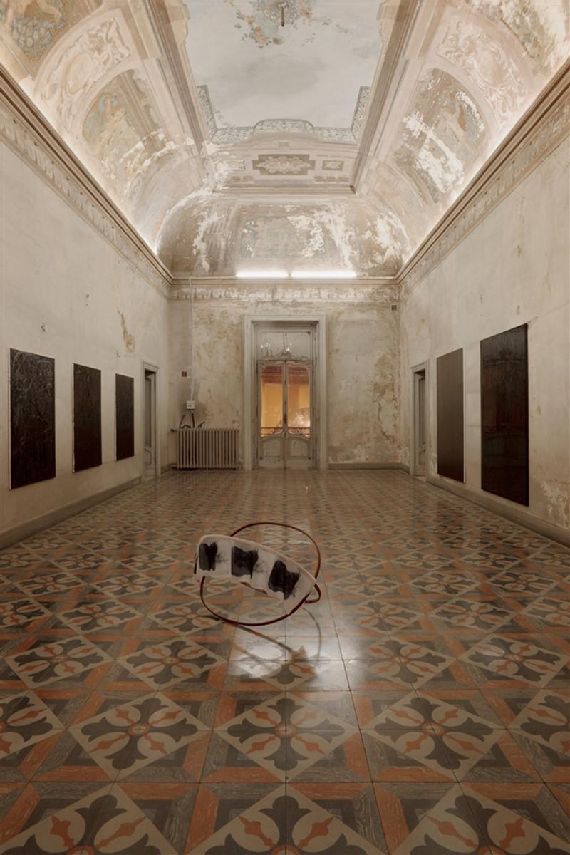 01. L'avventura - die mit der liebe spielen - exhibiton view - room 2 Melike Kara Philip Seibel Jana Schroeder - photo philip seibel