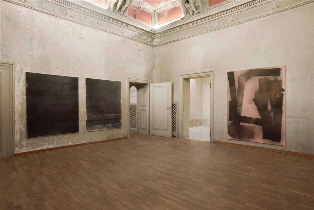 012. L'avventura - die mit der liebe spielen - exhibiton view - room 8 - Max Frintrop - photo philip seibel -