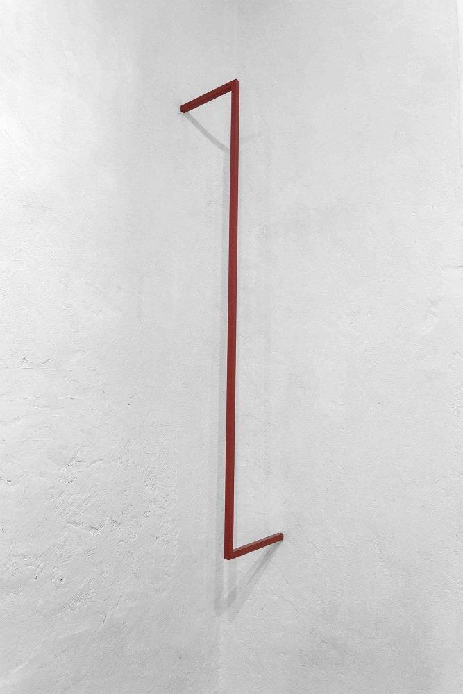 stephanie stein - ich ging an mir vorbei 2016 Metall Paint 150 x 25 x 30 cm