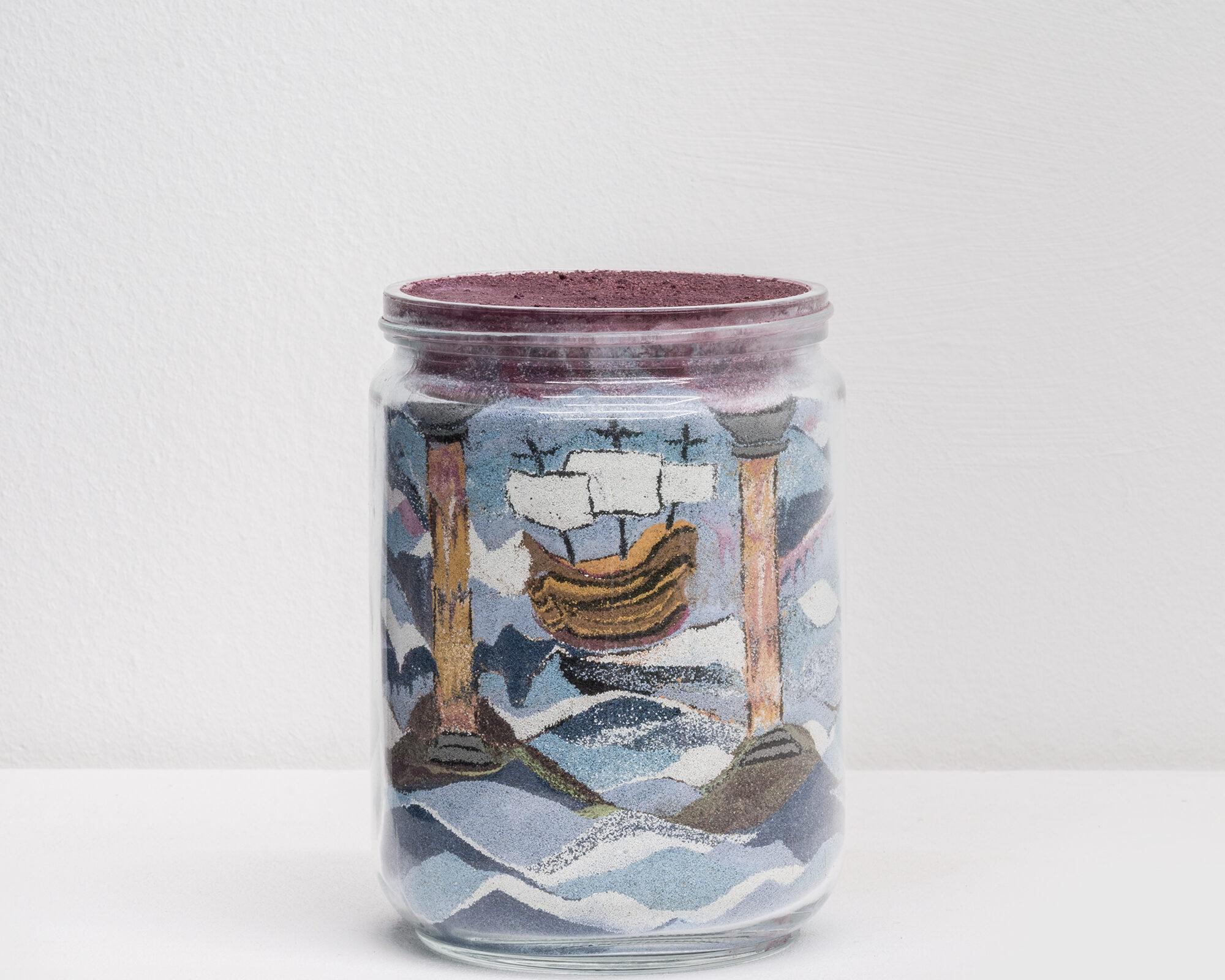 8. marco gobbi - A dive where the wather is more blue - sabbia, pigmento, vetro h16diam12cm 2017