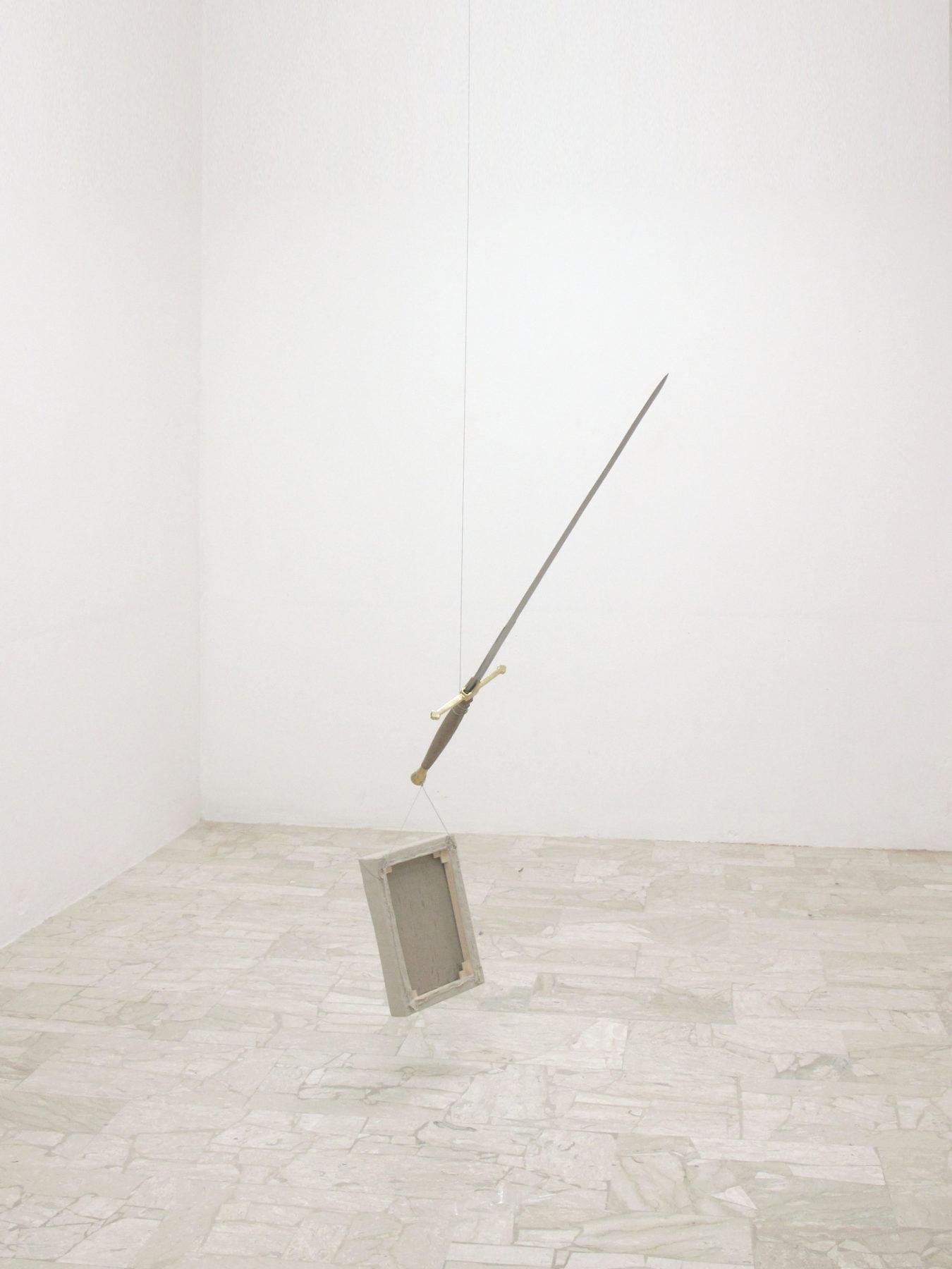 Davide Mancini Zanchi, Guardami le spalle, guardami le spalle, 2016, olio su tel, spada, acciaio, 160x30x10cm