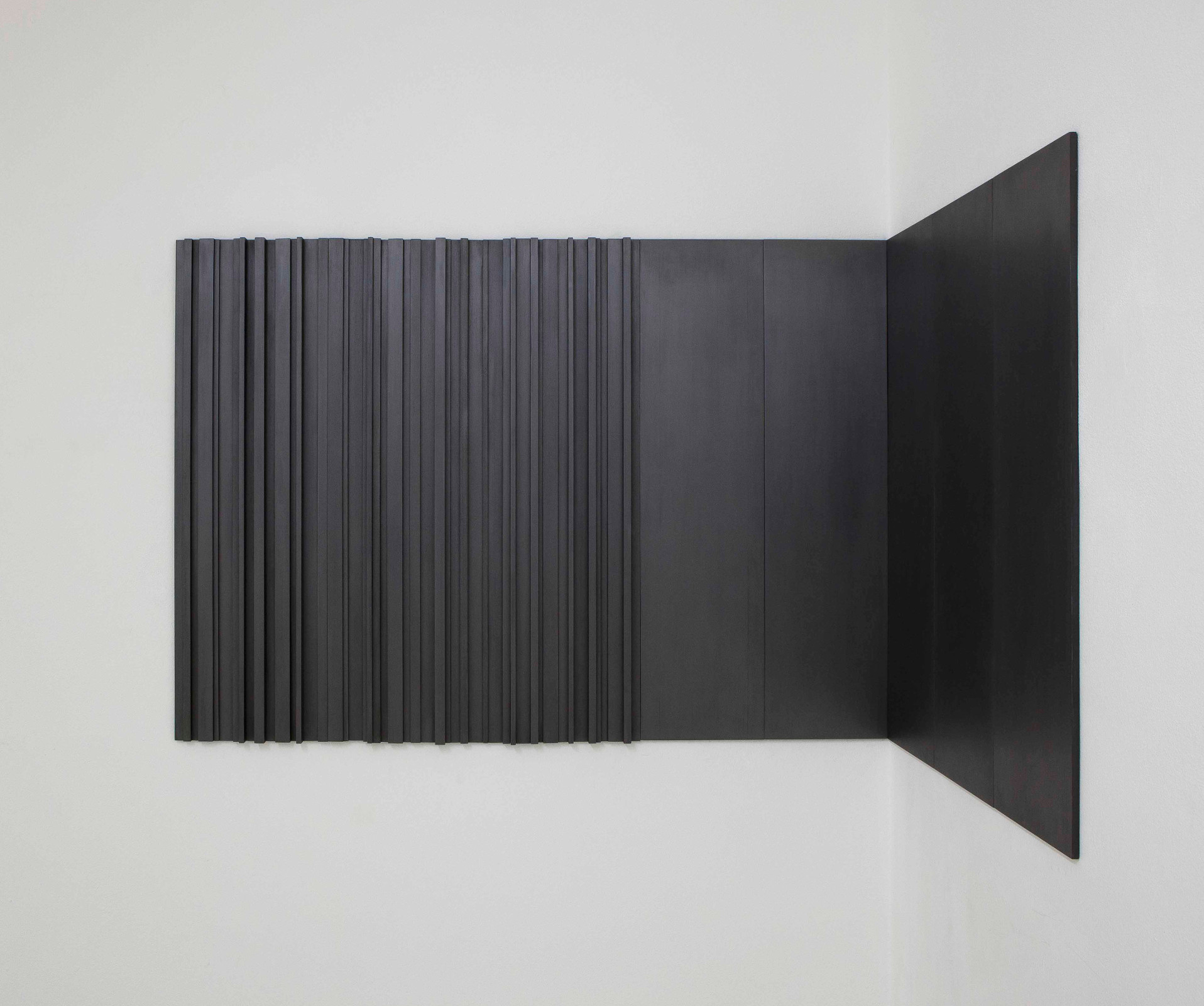 stephanie stein, Untitled, balsa wood, graphite, 75x140x50cm